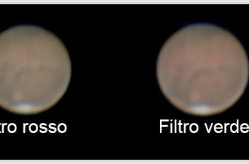 Marte vari tipi di filtri per oservare la superficie